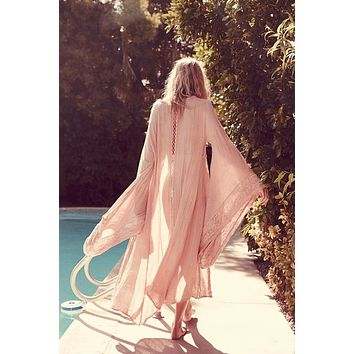 Plus Size Woodcreek Kimono Blush Pink Full Length Maxi Swimsuit Cover Up Or Robe Beautifully Embroidered Goddess Sleeves Size 2X Or XXL
