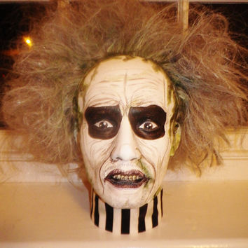 Original Handpainted gothic BEETLEJUICE movie halloween gentleman Mannequin doll display fashion head.