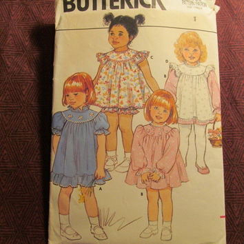 Sale 1980's Butterick Sewing Pattern, Size 1 Infant/Toddlers/Girls Dresses/Pinafore Aprons/Panties/Underwear/Night Gowns/Aline Dress