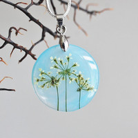 Petite Pressed Flower Necklace Blue Yellow Queen Anne's Lace Small Resin Jewelry Dandelion Firework Transparent Pendant 925 Silver Plated
