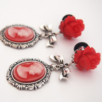 Glamsquared — Red Lady Cameo Dangle Plugs