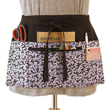 teacher apron with pockets - vendor apron - half apron - server apron - waitress apron - pocket apron - waist apron - farmers market apron