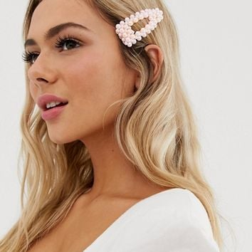 Pieces large pearl hair clip in pink | ASOS