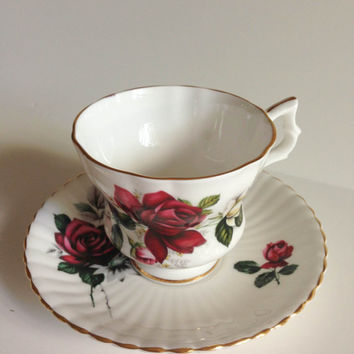 VIntage Royal Windsor Fine Bone China England Teacup, teacup and saucer, vintage china, vintage teacup, shabby chic teacup