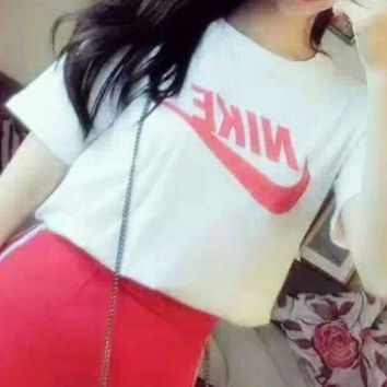 NIKE 2018 new sportswear suit women's summer casual fashion two-piece suit White/red