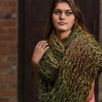 Infinity scarf, Green brown olive chunky scarf, hand knitted scarf, loop scarf, warm arm knitted wrap, thick winter scarf