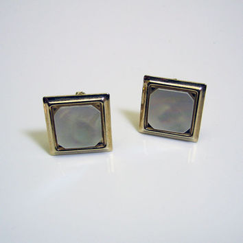 Traditional Square Mother of Pearl Look Vintage Golden Cuff Links