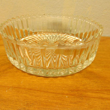 VINTAGE CRYSTAL CANDY DISH 1940'S OR 1950'S