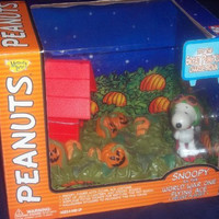 "SNOOPY AS THE ""WORLD WAR ONE FLYING ACE,"" DELUXE SET, IT'S THE GREAT PUMPKIN CHARLIE BROWN by Peanuts"
