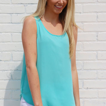 Downtown Darling Top-Mint