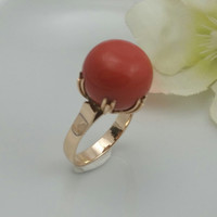 Gold Ring Vintage 18 Karat Rose Gold with Coral Gemstone from SterlinGold Treasures