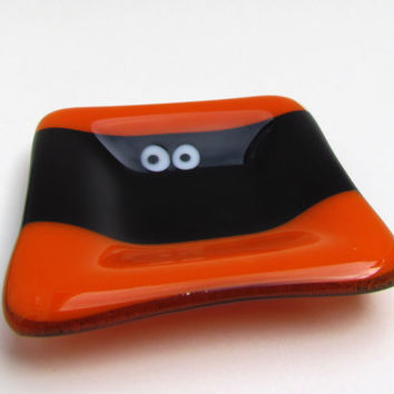 Small Decorative Fused Glass Dish, Halloween Dish, Halloween Monster Dish, Ring Dish, Small Candy Dish, Cute Monster Dish, Square Dish