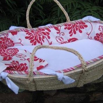 Bella Moses Basket