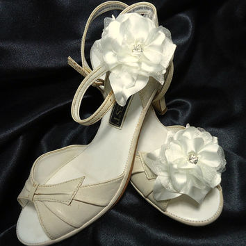 Satin Organza shoe clips Set of 2 Flowers