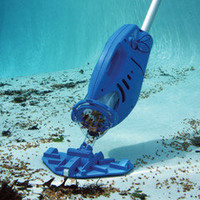 The Hoseless Pool Vacuum - Hammacher Schlemmer