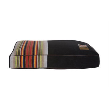 Pendleton Dog Bed — Acadia National Park