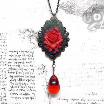Neo-Victorian 'Rose of Sharyn' red and black rose pendant - resin, glass, polymer clay and metal - steampunk victorian vintage - Arkana