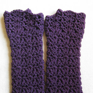 Fingerless Glove Crochet Pattern - Kait's Shells Fingerless Gloves