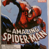 Marvel Spider-Man Mega Mini Figurine Pin Book
