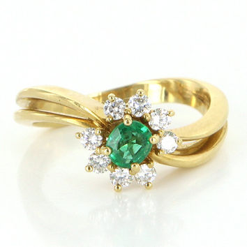 Vintage 18k Yellow Gold Emerald Diamond Princess Daisy Right Hand Ring Estate