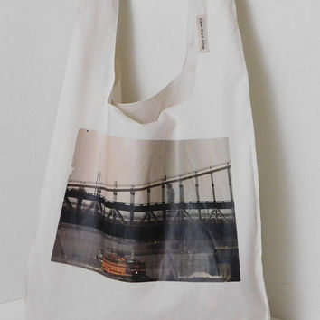 Eco Friendly Grocery Bag - Statue of Liberty / belt and hook | reusable shopping bag, reusable grocery bag, ecobag, New York Photography