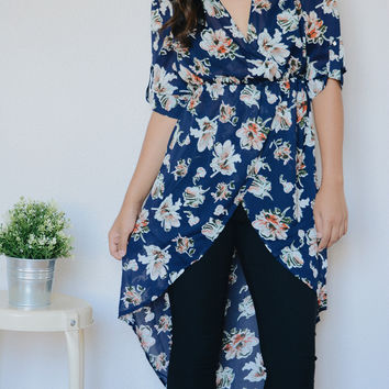 Cali Floral Tunic (Navy)