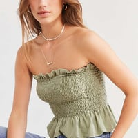 Truly Madly Deeply Loren Smocked Tube Top | Urban Outfitters
