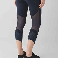 barre star crop | women's crops | lululemon athletica