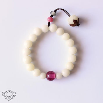 White Bodhi Seed & Hand-Crafted Lampwork Glass Bead Mala Bracelet