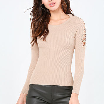 LACE UP SLEEVE RIBBED TOP