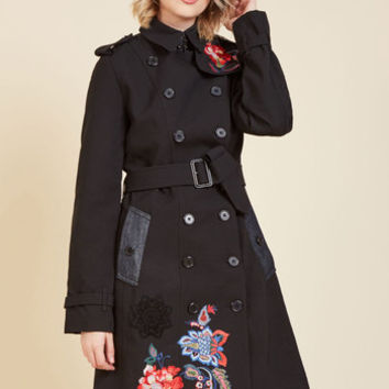 Vogue Vacation Trench | Mod Retro Vintage Coats | ModCloth.com