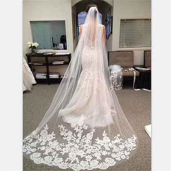 Appliques Tulle Long Cathedral Wedding Veil Lace Edge Bridal Veil with Comb HU