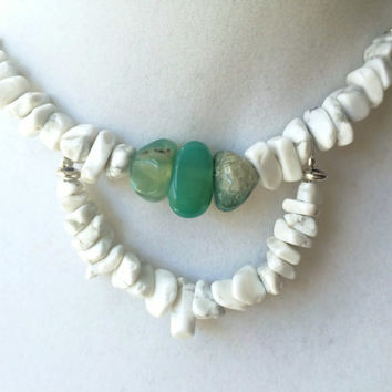 Boho White Howlite Stone Chip & Green Moss Agate Tiered Silver Necklace