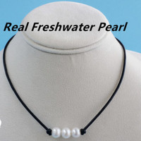 Freshwater 3 Pearls and Genuine Leather choker/necklace +Gift Box