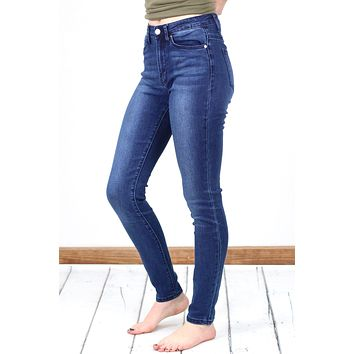 Hi-Rise Solid w/ Fading Skinny Jeans {Dk. Wash}