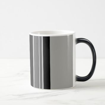 Vertical stripes pattern mug