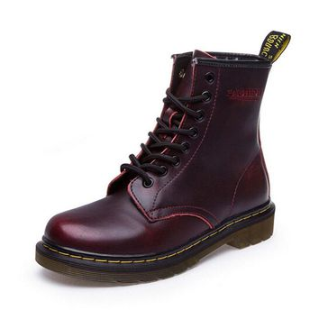 British Style Genuine Leather Women Martin Boots Brand Women Motorcycle Boots Autumn Winter Vintage Women Shoes Plus Size 35-43