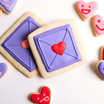 Emoji Hearts with Envelope Sugar Cookies