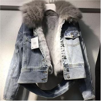 QLZW 2018 New Winter Clothes Fur Collar Inner With Hairs Denim Jacket Spliced Single Breasted Female High-end Warm Coat WB56505L