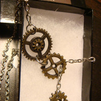 Steampunk Gear and Cog Lariat Style Necklace (1288)