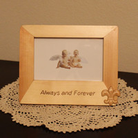 Hand burned Photo Frame with Fleur-de-lis Embellishment; Woodburned Picture Frame; Valentine's Day Gift; Anniversary Gift; Wedding Gift