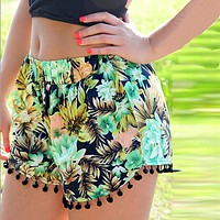 Floral Pom Pom Ball Shorts Women Beach Tassel Bohemian National Wind Print Loose Women's Short Feminino Plus Size XL