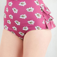 ModCloth Rockabilly High Waist Vacation Daisies Swimsuit Bottom in Orchid