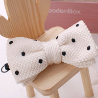Tok Tok Designs Children Bow Tie for 2 - 8 Years (BK225, White, Knitted)