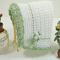Dolls Accessory White Rose Green Throw Blanket Crocheted Doll Afghan Dollhouse Miniature Scale DollsHouse Artisan Bedroom Living Room Accent