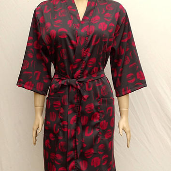 Women's exclusive black and red colour satin kimono dressing gown, bridesmaid robe, bridal robe, satin kimono bathrobe.