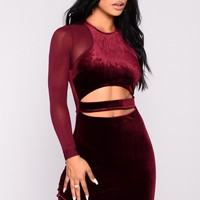 Margaret Cut Out Velvet Dress - Burgundy