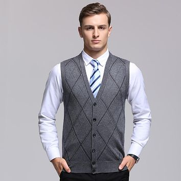 2017 Mens Autumn Argyle Sleeveless Wool Swetaer V-Neck Casual Males Sweater Pullover Sweater Vest for Man