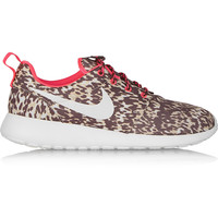 Nike - Roshe Run printed shell sneakers