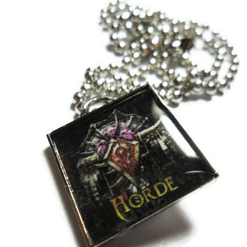 Warcraft Horde pendant on 18 inch ball chain